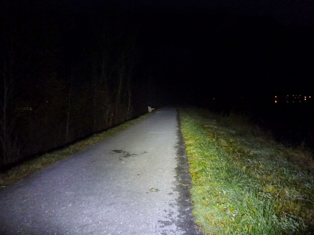 Im Dunkeln zur Arbeit – Cree XM-T6 LED Lampe aus China