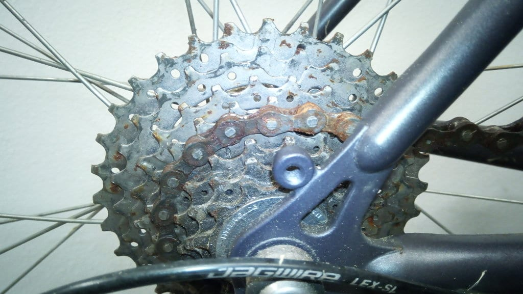 Verrostete Fahrradkette, reinigen oder neu kaufen?