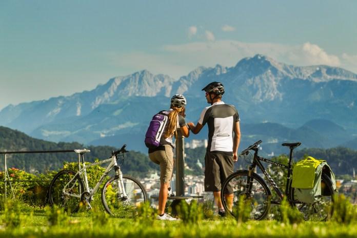 Tauernradweg Salzburgerland: Herrliche Aussichten und Panoramen begegnen den Bikern auf ihrer Tour.