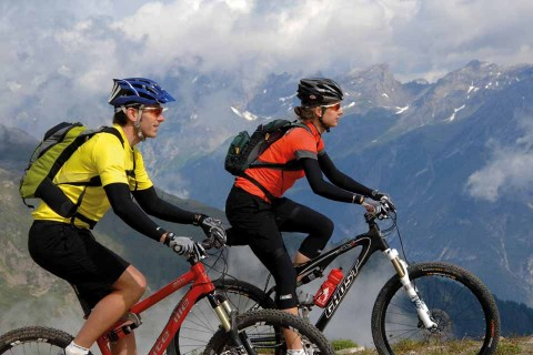 Hotel-Geiger-Mountainbiken-(c)-Stefan-Schwenke