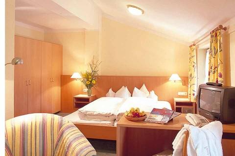 Hotel-Geiger.-Zimmer