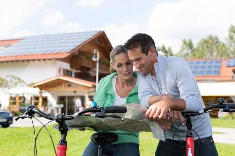 Hotel-Sommer-Rad-Paar