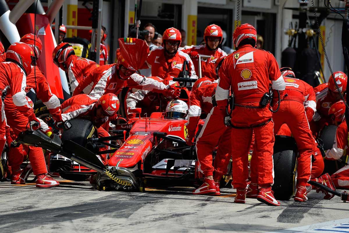 GP-Ungarn2015-Ferrari-Box