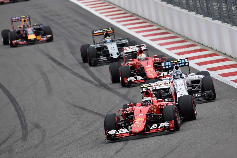 F1-GP-Russland2015-Ferrari
