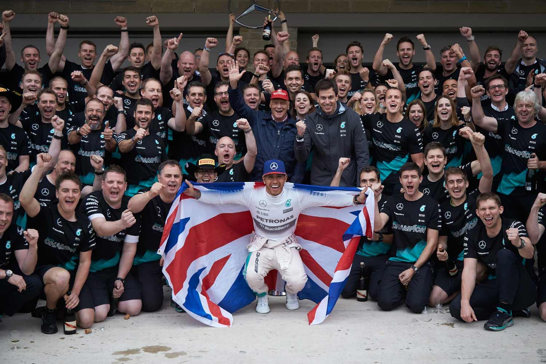 F1-GP-USA2015_Hamilton-Weltmeister