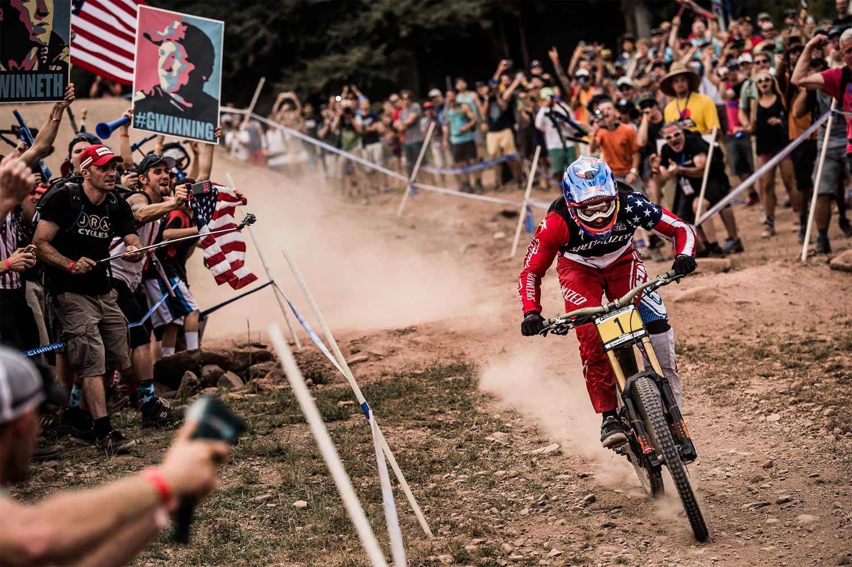 Aaron-Gwin-Race1