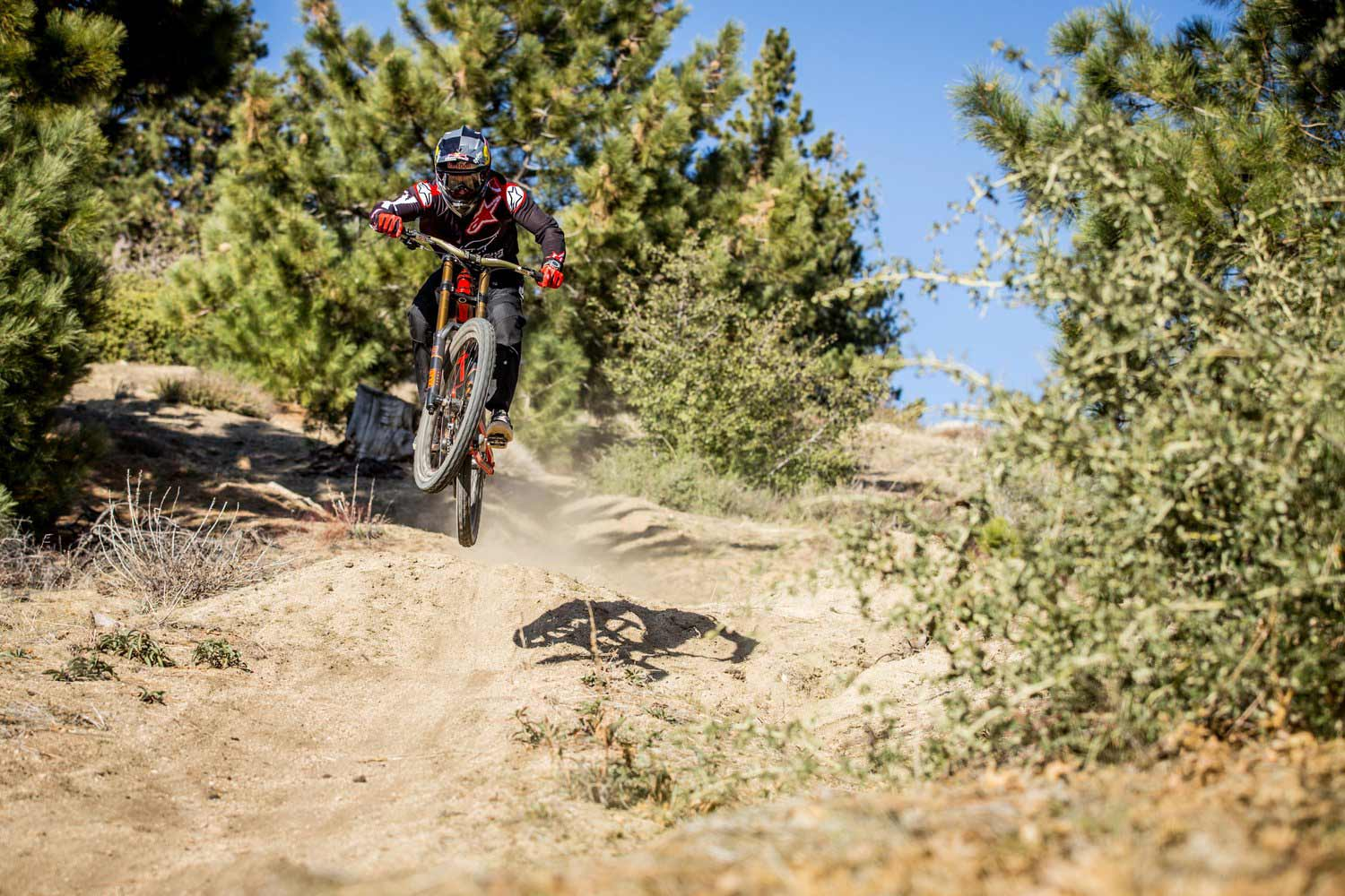 aaron-gwin-gwin-on-his-new-yt-industries-tues-cf-uci-world-cup-new