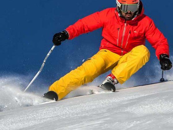Race-Carver-Ski