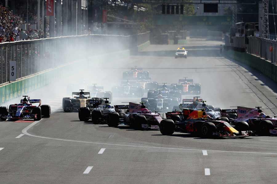 Formel1-Aserbeidschan-2017-Start