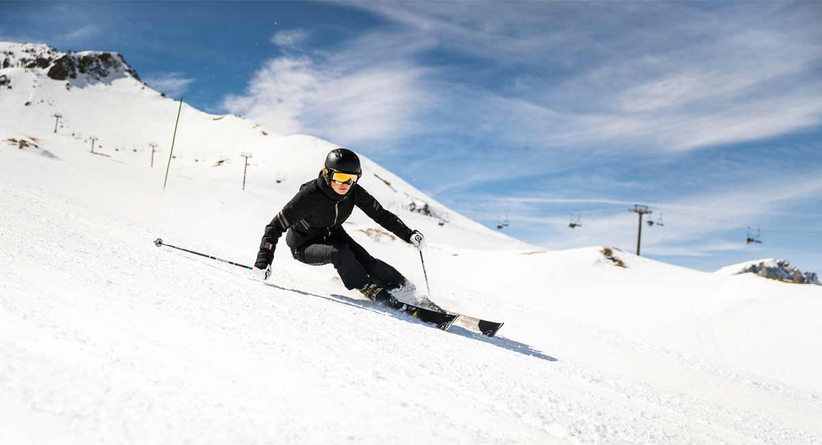 Rossignol-Famous-Cande_Ross_Action3