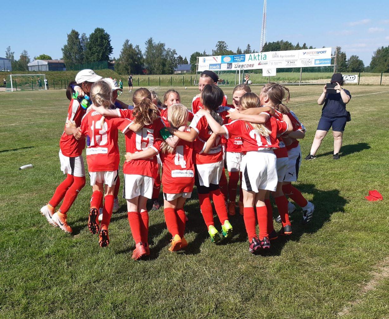 Read more about the article Sporting T10 pelaa perjantaina 10.9.2021 semifinaalin Juniorcupissa Kristiinankentällä