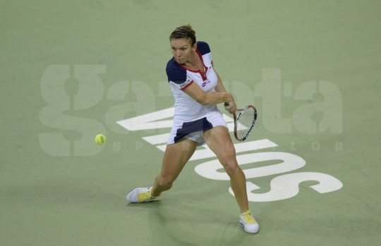 Simona e în finala de la Sofia! Halep – Ivanovic 2-1 (2-6, 6-1, 6-3)