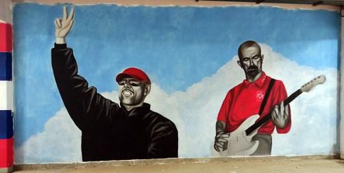 Mural Meraklija posvećen nedavno preminulim navijačima Saletu Jataku i Yapi