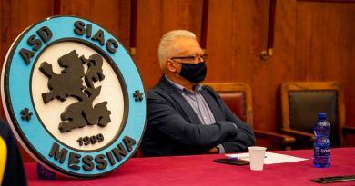Calcio a 5. Il Dg Salvatore La Mendola presenta la stagione della SIAC MESSINA