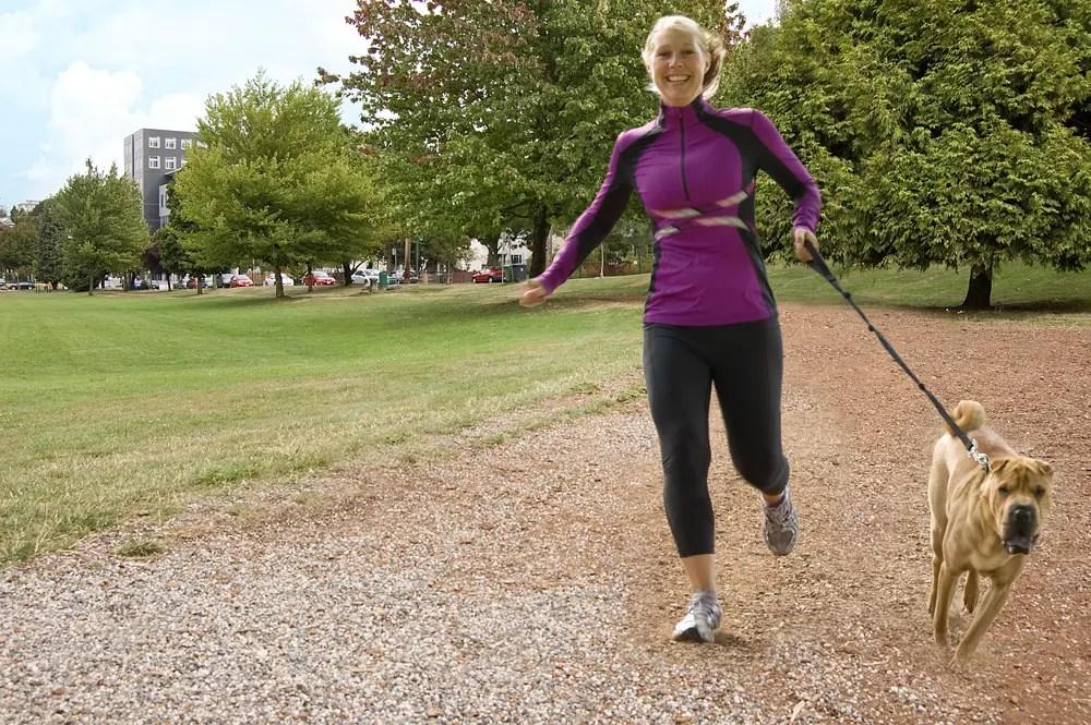 La corsa provoca dolore alle ginocchia e artrosi