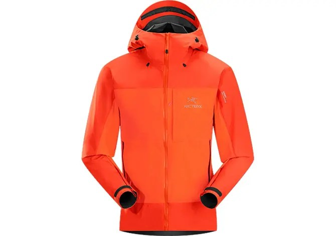 Alpha Comp di Arc'teryx, la giacca hard & soft