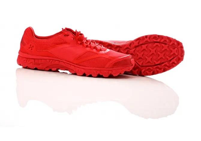 Haglöfs Gram XC: la prova delle scarpe che non si sentono (ma si vedono)