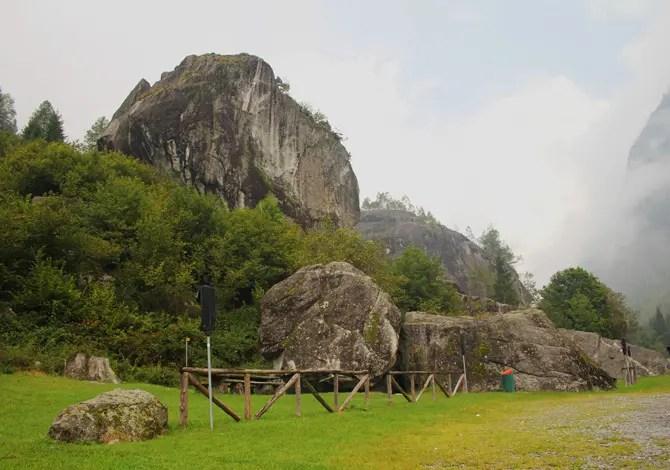 Sasso Remenno, arrampicare sul masso più grande d'Europa