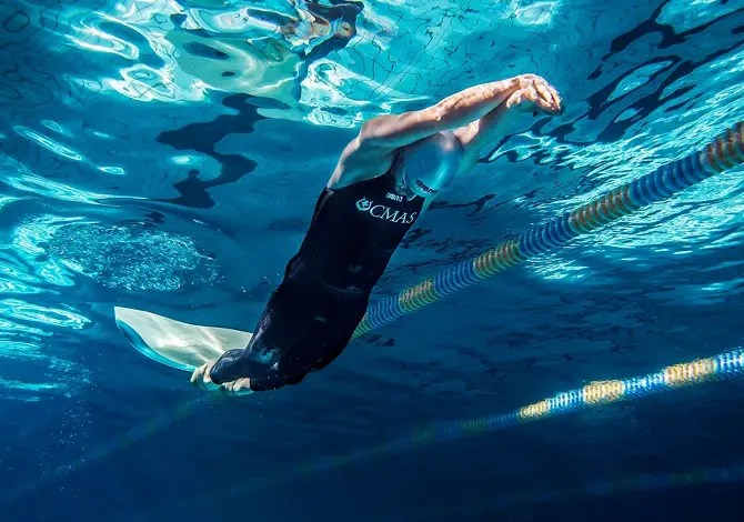 Nuoto Pinnato Arena Costume Powerskin