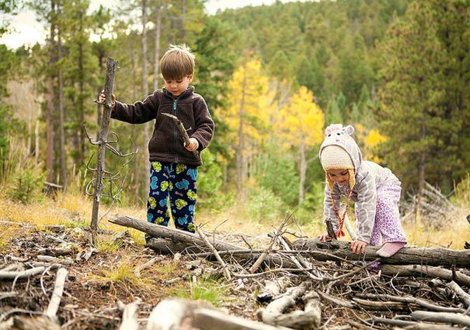 attività da fare all'aperto con i bambini in autunno