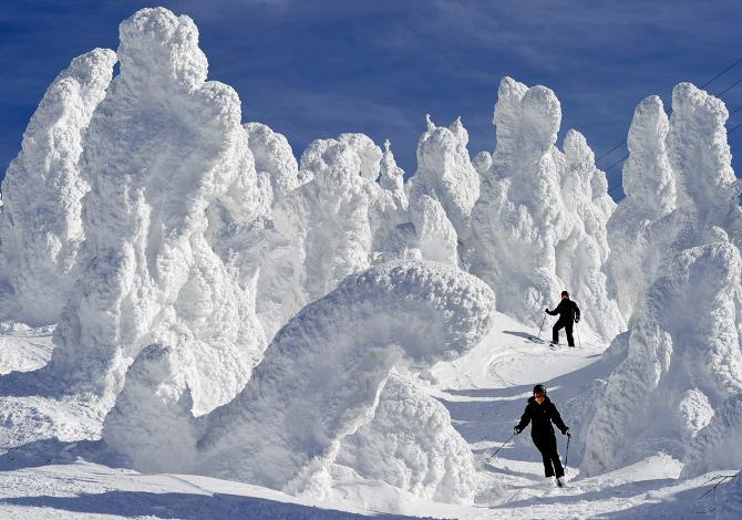 Big in Japan: i 5 migliori resort dove sciare in Giappone