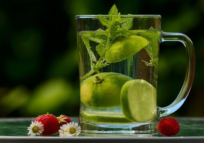 Detox_acqua e limone