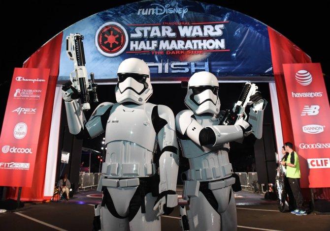 star_wars_half_marathon_1_rundisney_facebook