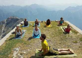 a2410-festival-grirgna-yoga