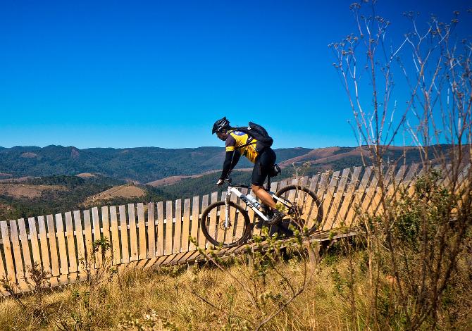 Abbigliamento MTB: come vestirsi per andare in mountain bike
