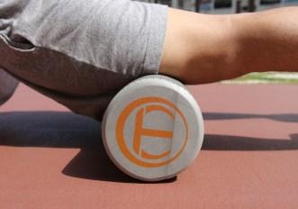 Esercizi con il foam roller per le gambe