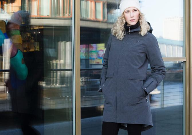 In città come sulla neve: la collezione casual Oslo di Norrona