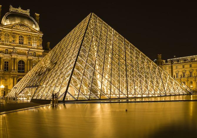 louvre-parigi-notte-gioconda-cuongdv-pixabay