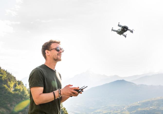 Uso droni in parchi e riserve naturali: multa e processo penale