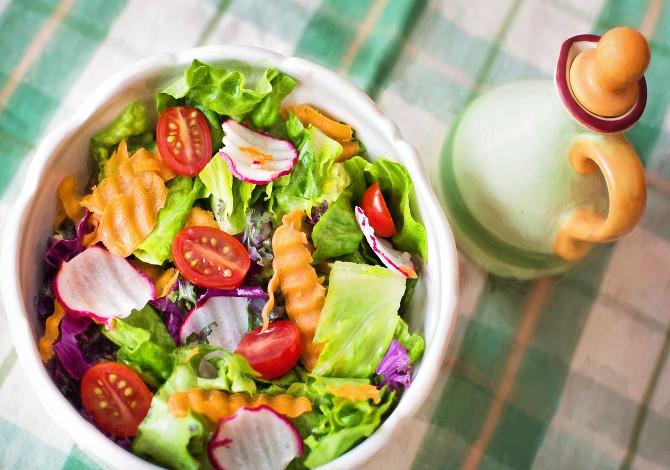 mangiare meno cibi calorici