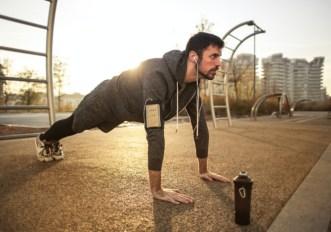 Esercizi per tenersi in forma: i 5 che bastano