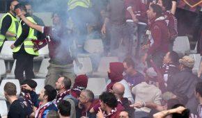 Calcio: derby Mole; bomba carta a stadio, tifosi feriti