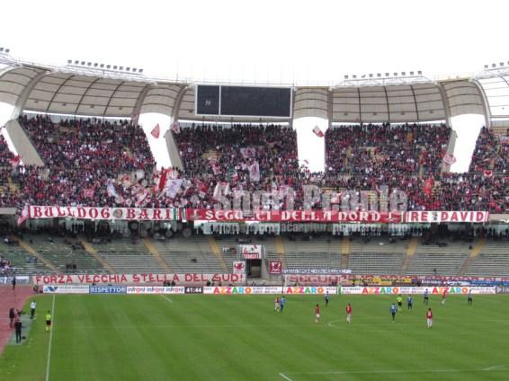 Bari-Novara-Serie-B-2015-16-10