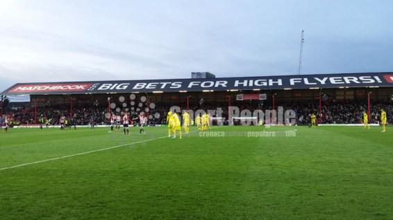 Brentford-Nottingham-Forest-Championshio-2015-16-07