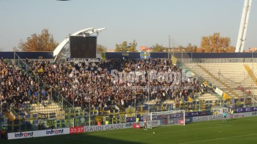 Carpi-Verona-Serie-A-2015-16-10