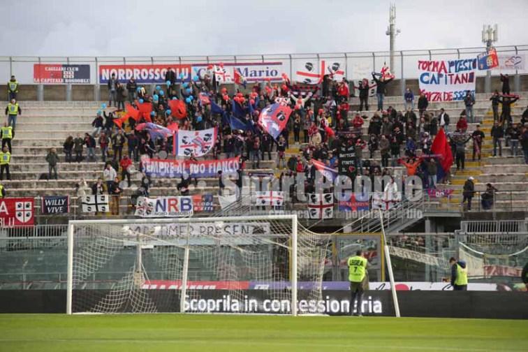 Livorno-Cagliari-Serie-B-2015-16-01