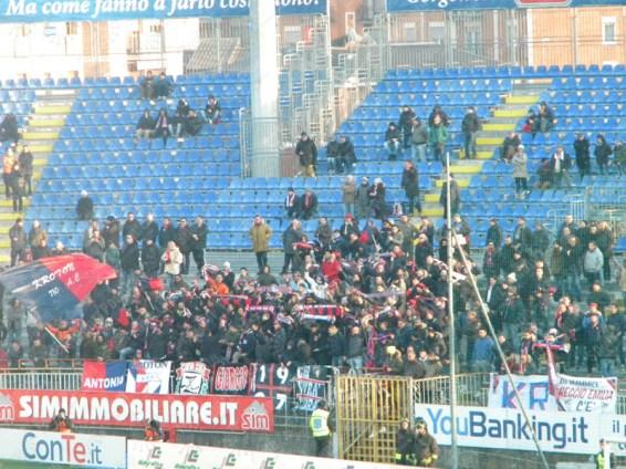 Novara-Crotone-Serie-B-2015-16-11