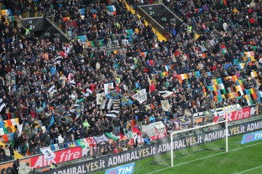 Udinese-Bologna-Serie-A-2015-16-08