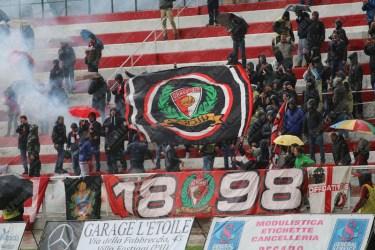 Vis-Pesaro-Avezzano-Serie-D-2015-16-18