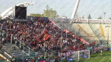 Carpi-Genoa-Serie-A-2015-16-03