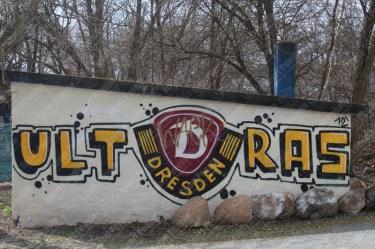 Dynamo-Dresda-Hansa-Rostock-3-Bundesliga-2015-16-03