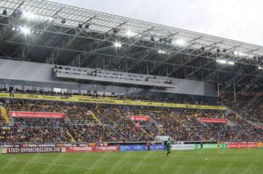 Dynamo-Dresda-Hansa-Rostock-3-Bundesliga-2015-16-29