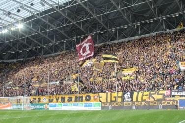 Dynamo-Dresda-Hansa-Rostock-3-Bundesliga-2015-16-37