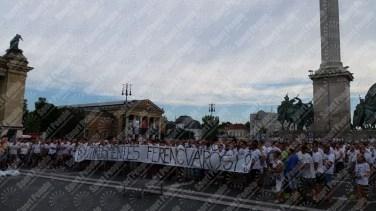 Ferencvaros-Budapest-protesta-contro-riconoscimento-biometrico-2016-17-08