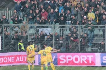 Frosinone-Benevento-Serie-B-2016-17-40