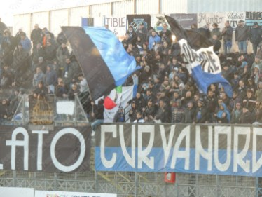 Latina-Verona-Serie-B-2016-17-19